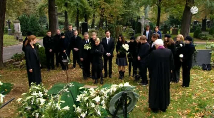 Was Zieht Man Zur Beerdigung An